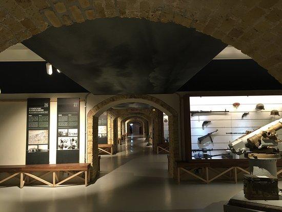 Le musée tout en longueur
